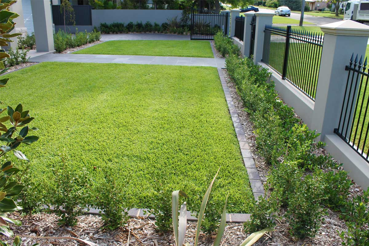 Landscaping Emu Plains Front Garden Fence Paved Pathways