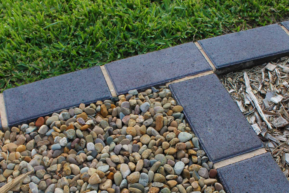 Landscaping Emu Plains Pebble Grass Bricks
