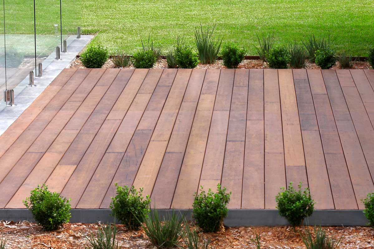 Landscaping Timber Courtyard